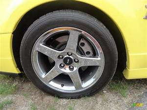 2003 Ford Mustang Cobra Coupe Wheel Photo #83035443 | GTCarLot.com