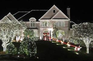 25 mesmerizing outdoor christmas lighting ideas architecture design