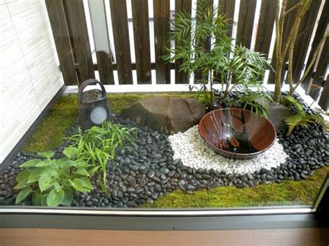 japanese gardening in small spaces small space japanese style garden gardens and water pinterest gardens style and plants