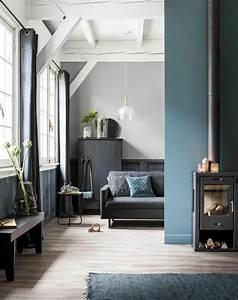 Decoration Mur Interieur Salon : salon bleu p trole bleu canard et bleu paon ~ Teatrodelosmanantiales.com Idées de Décoration