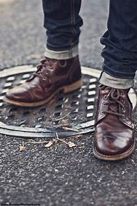Can someone ID these boots or boots like them ...