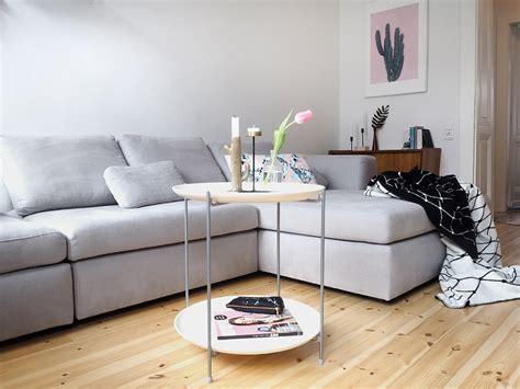 Hallo Neues Wohnzimmer. Hallo Neues Sofa Von Sitzfeldt