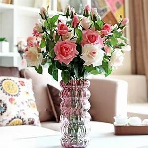 Fleurs artificielles les avantages etourdissants en for Déco chambre bébé pas cher avec fleurs blanches bouquet
