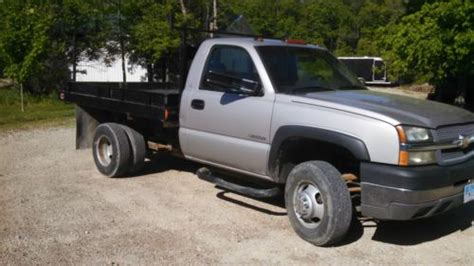 find  chevrolet   ton dually flat bed truck