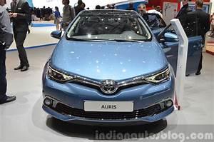 Toyota Auris 2015 : toyota auris toyota avensis geneva 2015 live ~ Medecine-chirurgie-esthetiques.com Avis de Voitures