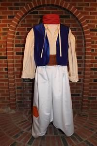 Disney Kostüme Männer : child aladdin genie costume google search aladdin pinterest ~ Frokenaadalensverden.com Haus und Dekorationen
