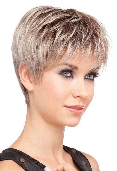 coiffure femme cheveux court coupe de cheveux courte degradee femme