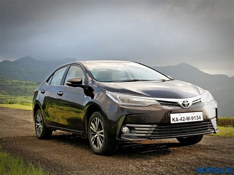 Review Toyota Corolla Altis by New 2017 Toyota Corolla Altis Facelift India Review Price