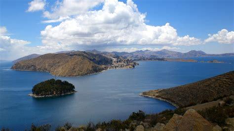 de visita por el lago titicaca en peru