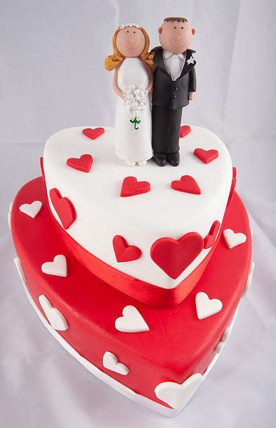 tier heart shaped wedding cake  white  red