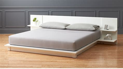 Andes White King Storage Bed + Reviews