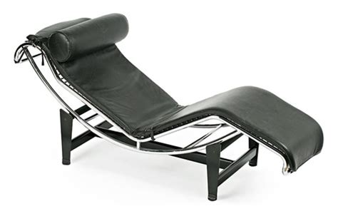 chaise longue basculante by le corbusier and