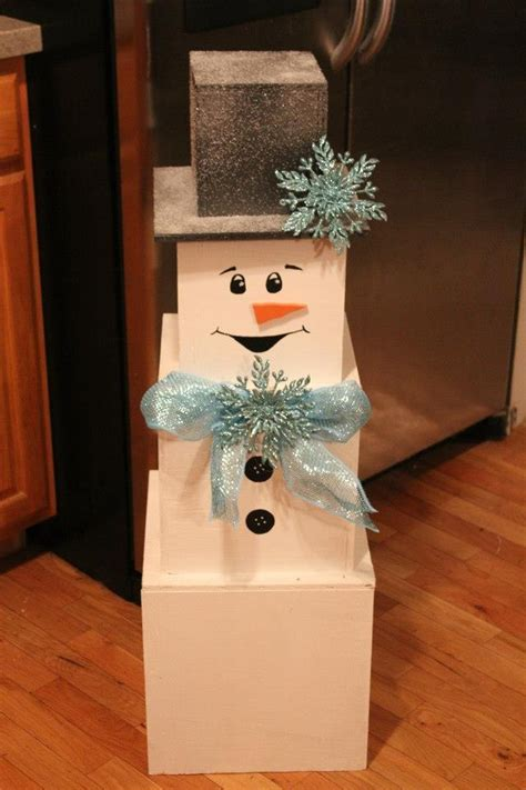 diy snowman    stackable boxes holidays