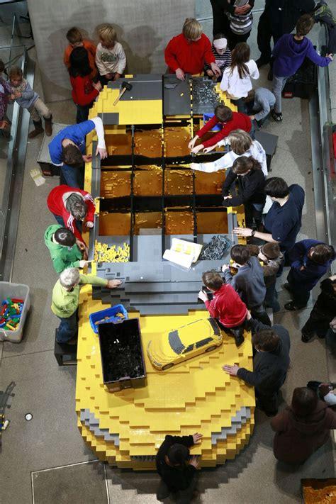 foto bmw  lego bmw  lego  autoblognl
