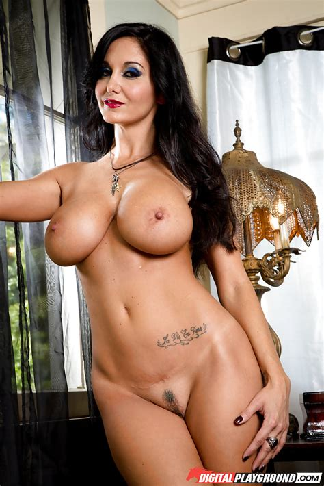dark haired milf ava addams releasing nice melons from bikini top