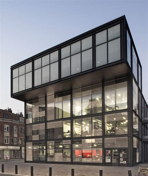 News Produkte Archivdimmbare Isolierverglasung by Gro 223 Fl 228 Chige Medienfassade Fassade News Produkte