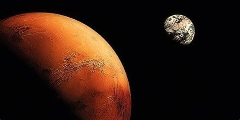Mars Will Be Closer to Earth Than It Has in a Decade   Inverse