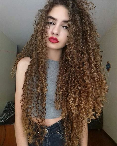 curly haircuts 986 best curls images on curls hairdos and 1888