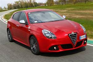 Fiat Giulietta : alfa romeo giulietta cloverleaf review evo ~ Gottalentnigeria.com Avis de Voitures