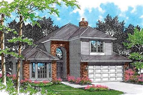 Traditional Style House Plan 4 Beds 2 5 Baths 2185 Sq/Ft