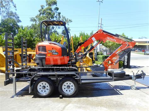 kubota   trailer southern tool equipment    earthmoving