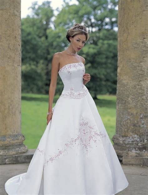 designer wedding dresses uk designer wedding dresses uk