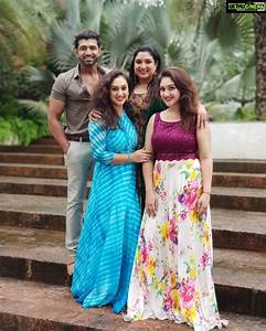 Actor Arun Vijay with Family & Cousins Sisters Gallery ...