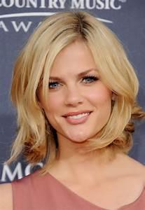 Coupe Mi Long Blond : coupe de cheveux mi long meche blonde ~ Melissatoandfro.com Idées de Décoration
