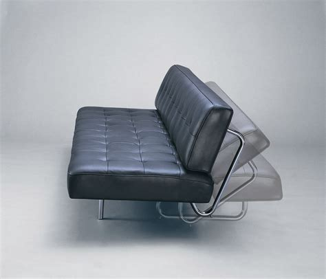 entretenir canapé en cuir bien utiliser et entretenir le canapé bz en cuir canape bz