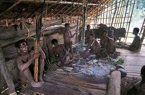 nusantaraku papua tribe korowai
