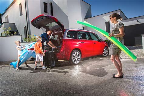 monospace bien choisir sa voiture familiale le guide de l automobiliste
