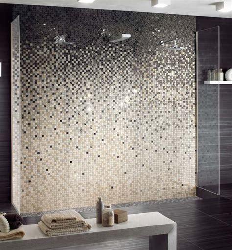 carreaux mosaique salle de bain les 25 meilleures id 233 es de la cat 233 gorie salle de bains en mosa 239 que sur salles de