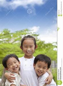 Happy Asian Kids Royalty Free Stock Images - Image: 23052109