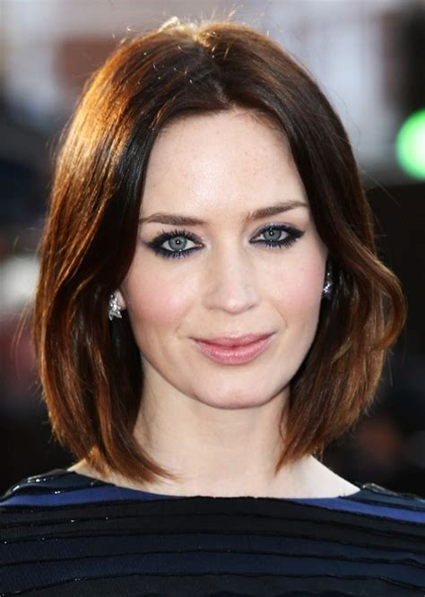 Hairstyles That Make Your Face Look Thinner