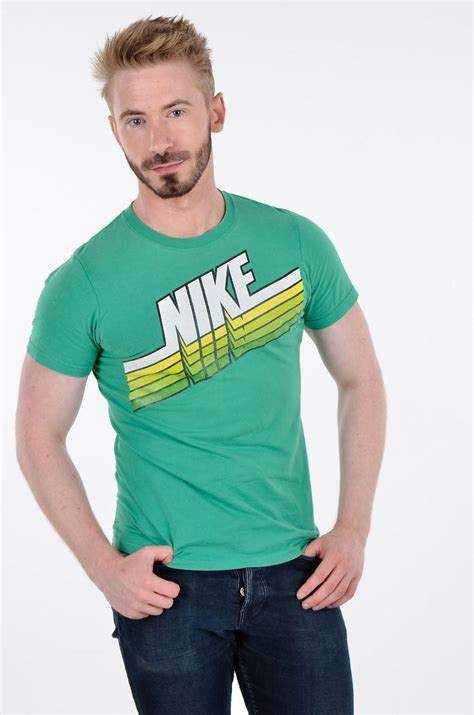 Vintage Nike T Shirt | Size XS - From Brick Vintage