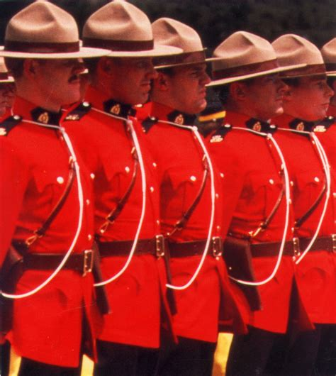 Canadian Police are stood down, bowing to common law ...