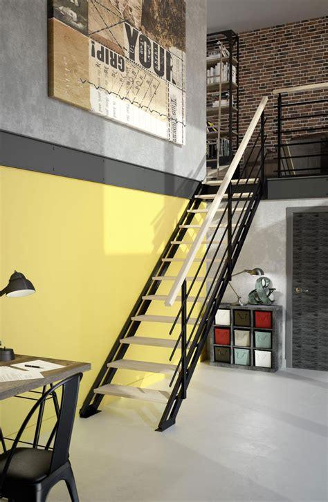 escalier en bois intrieur authentique limon plein with escalier en bois intrieur renovation