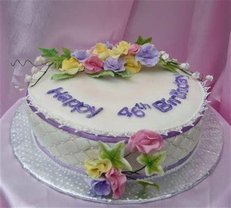 swatis sugarcraft sweet pea cake