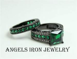 black gold engagement ring set princess cut green emerald With emerald wedding ring set