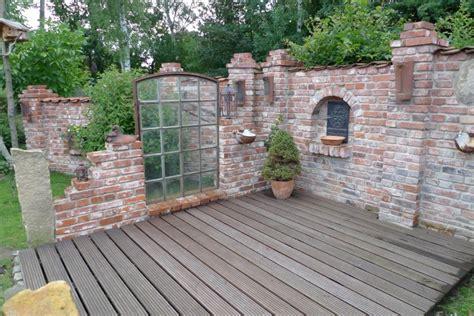 Gartenmauer Mit Sitzeckesteinmauer Garten Sichtschutz