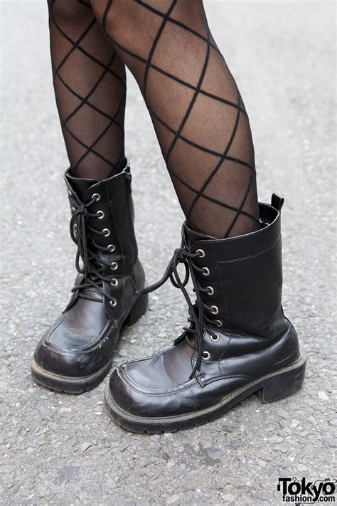 window pane stockings work boots tokyo fashion news