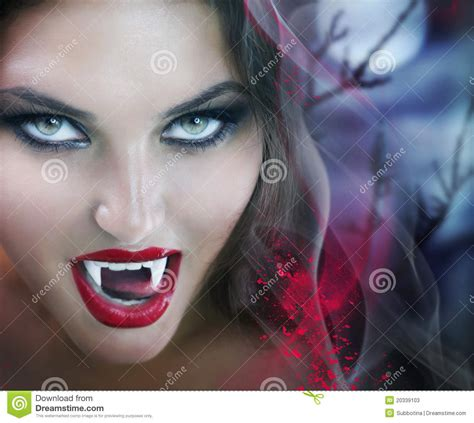 Vampire Wallpaper in HQ Resolution – download for free