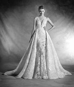 NILAY - Mermaid wedding dress with v-neck, lace and tulle ...