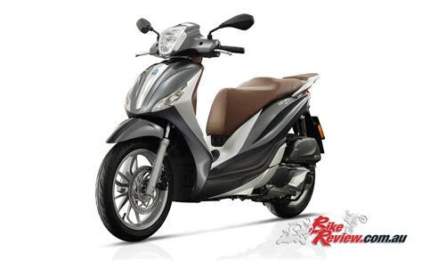 Review Piaggio Medley by New Piaggio Medley 150 I Get Bike Review