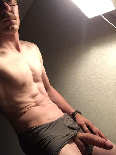 Naked Hung Guys Nude Men With Big Cocks And Huge Dicks 995