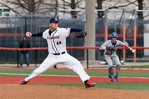 The Daily Illini : Hartleb, Illinois baseball happy to be ...