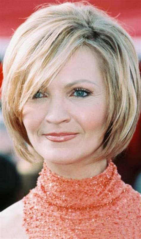 50 Short And Stylish Hairstyles For Women Over 50 Short