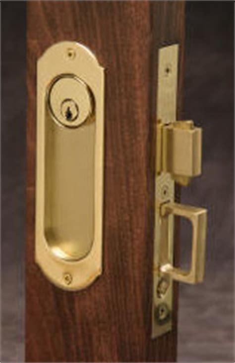 Keyed Pocket Door Locks   Cavity Locks from Lockwood