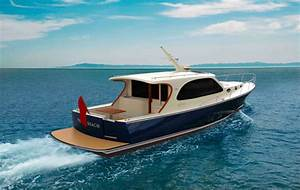 Palm Beach To Launch Entry Level 42 Footer Motor Boat