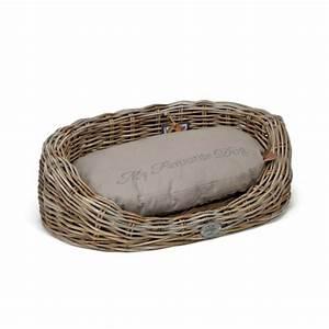 Corbeille En Osier : corbeille en osier windsor panier et lit pour chien designed by lotte wanimo ~ Teatrodelosmanantiales.com Idées de Décoration